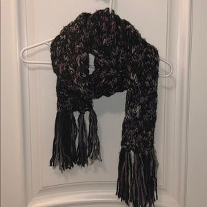 Fossil Knitted Fringe Scarf